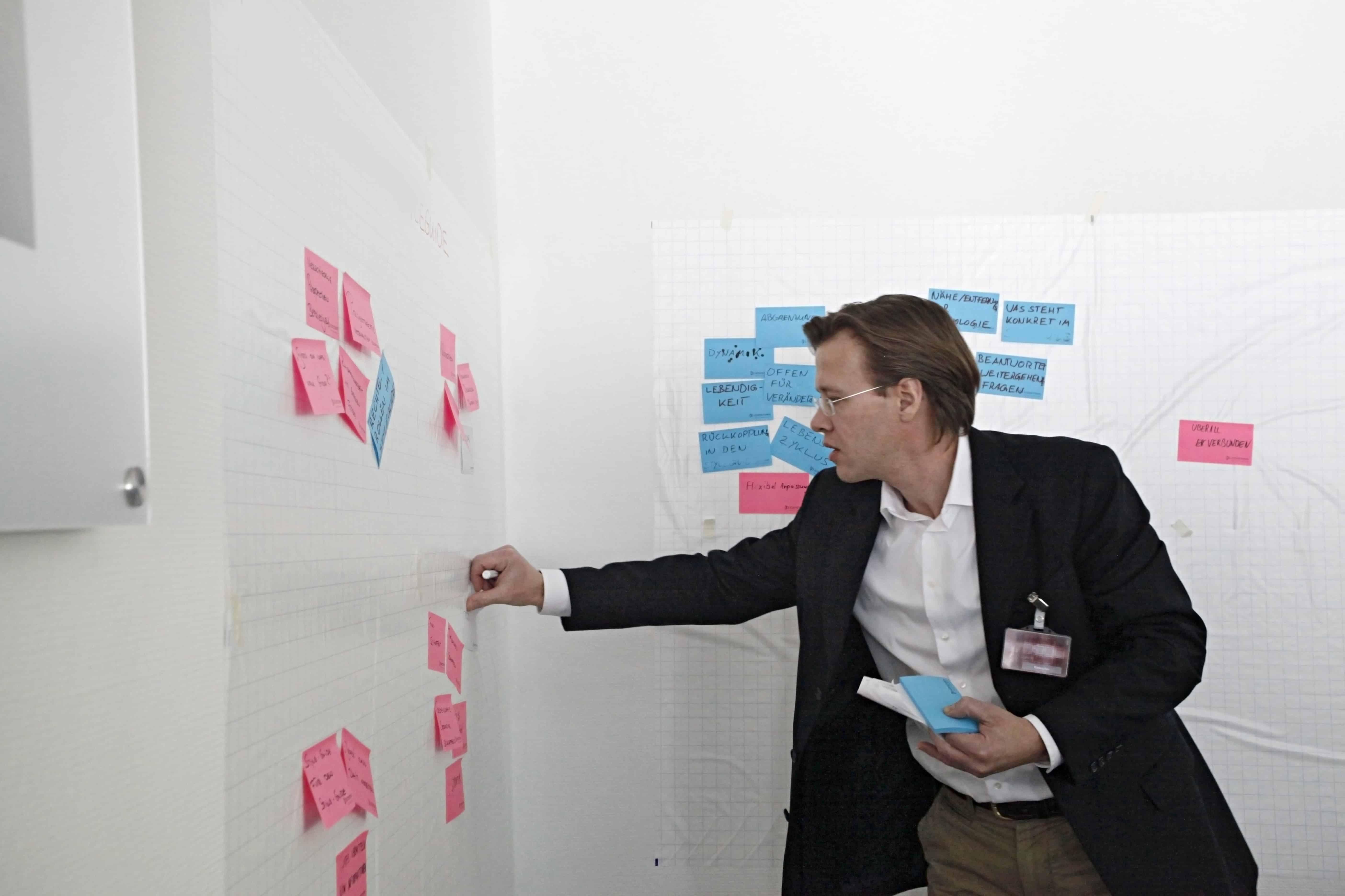 Moderator Speaker Redner Design für Thinking Jens Bothmer