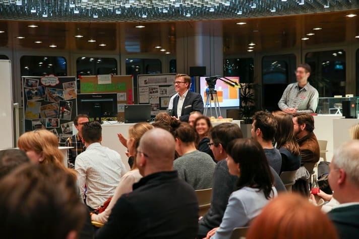 Moderator Jens Bothmer Design Thinking Workshop DB Systel