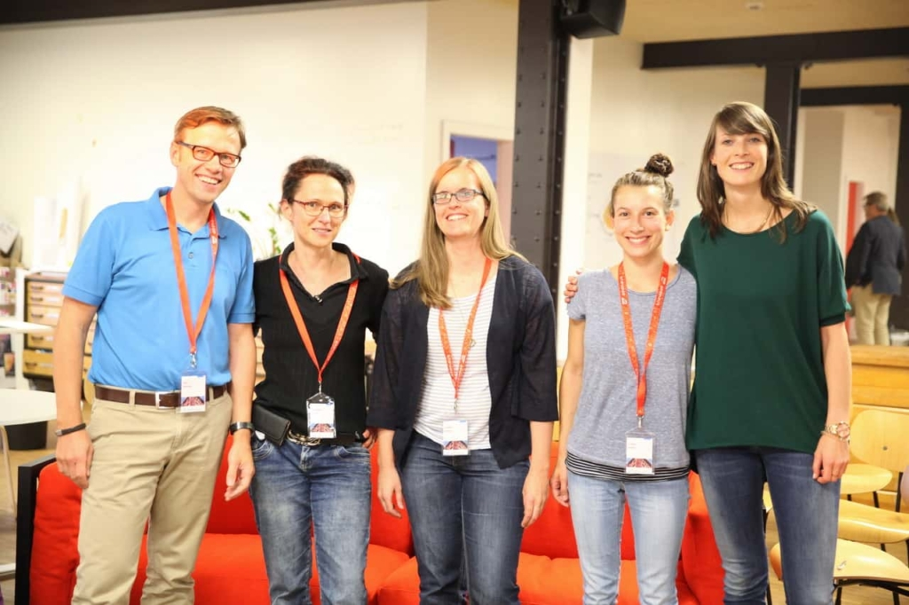 v.l. die Organisatoren des Design Thinking Frankfurt Meetups: Jens Bothmer, Christiane Gerigk, Karolin Kutter, Juliane Bublitz, Maren Müller